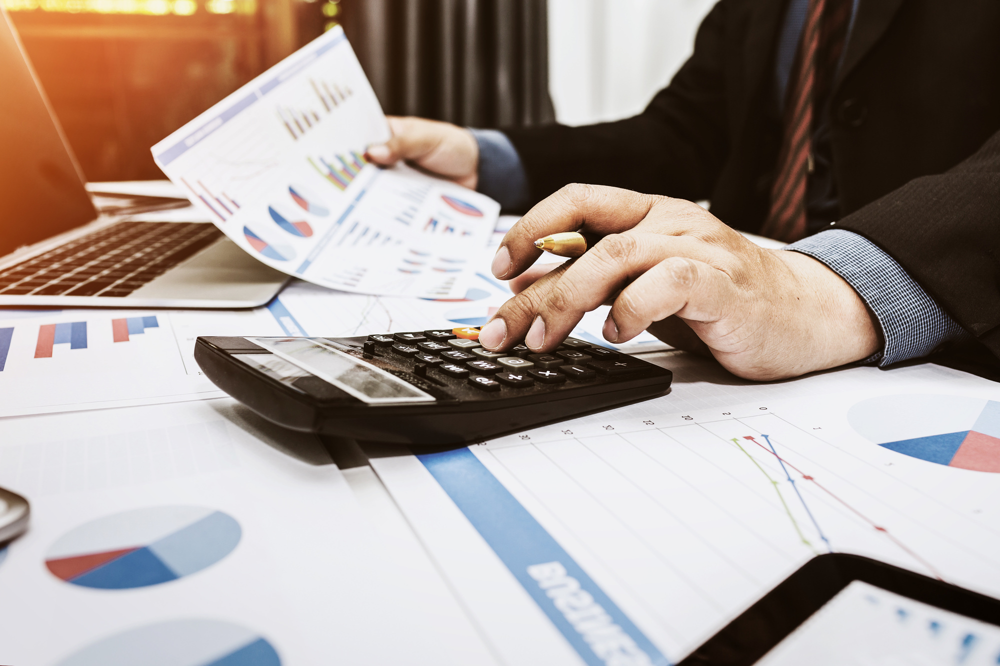 Hiring a Tax Specialist Can Help You Avoid These 8 Common Pe